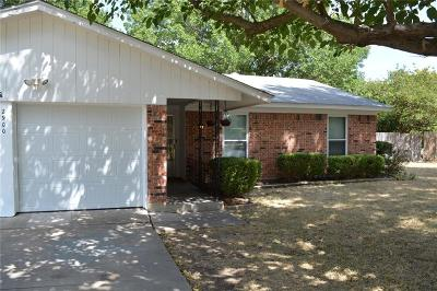Richland Hills Single Family Home Active Option Contract: 2900 Faye Drive
