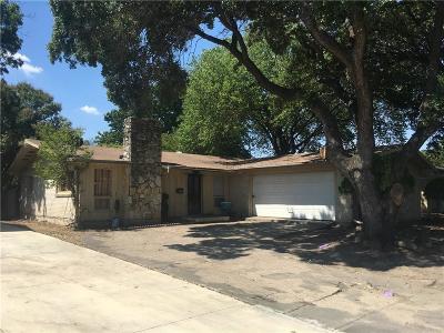 Single Family Home For Sale: 2962 Satsuma