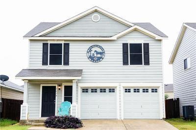 Burleson Single Family Home For Sale: 1636 Wickham Drive