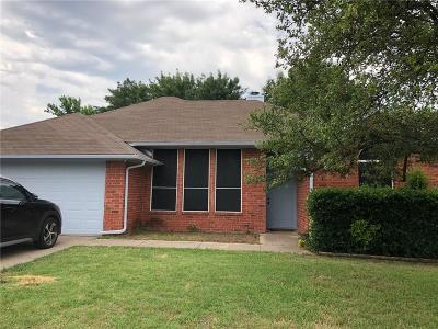 Denton Single Family Home For Sale: 1712 Audra Lane