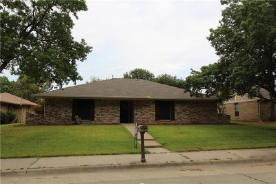 Lewisville Single Family Home For Sale: 1919 Aspen Drive