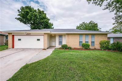Mesquite Single Family Home For Sale: 1517 Bette Drive