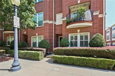 Dallas Townhouse Active Option Contract: 2404 Worthington Street