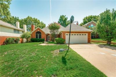 Grapevine Single Family Home For Sale: 5105 Haydenbend Circle