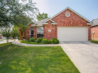 Sachse Single Family Home For Sale: 6220 Hillcrest Drive