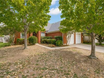 Hurst Single Family Home For Sale: 484 Shade Tree Circle