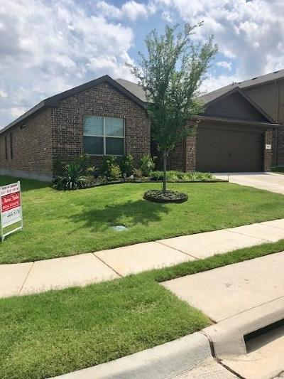 Azle Residential Lease For Lease: 661 River Rock Drive
