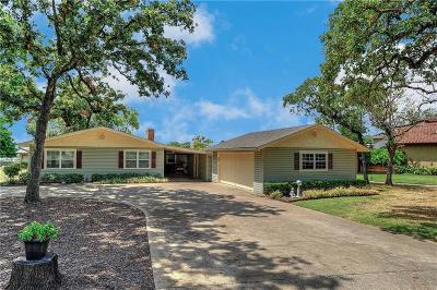 Cooke County Single Family Home For Sale: 103 Sarsi Cove