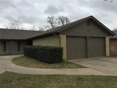 Hurst Multi Family Home For Sale: 536 Billie Ruth Lane