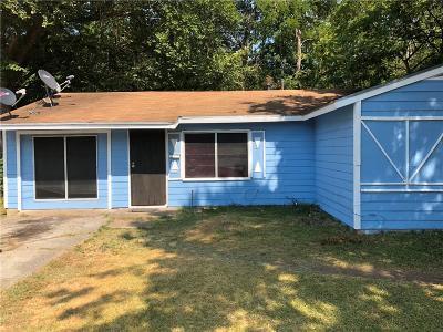 Dallas Single Family Home For Sale: 3750 Morningview Drive
