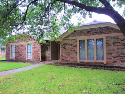 Lewisville Residential Lease For Lease: 1605 Century Oaks Drive
