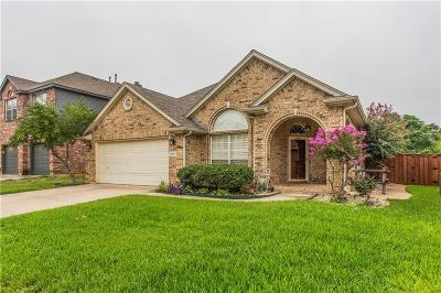 Fort Worth Single Family Home For Sale: 3617 Smoke Tree Trail