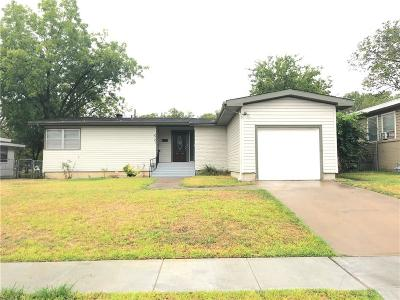 Fort Worth Single Family Home For Sale: 2721 Binyon Avenue
