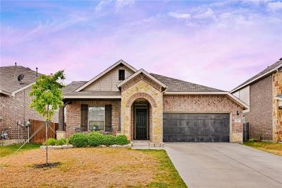 Fort Worth Single Family Home For Sale: 6017 Shiner Drive