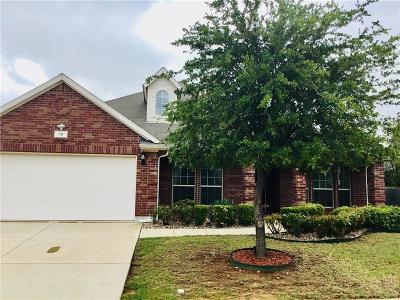 Tarrant County Single Family Home For Sale: 13 Stonegate Drive