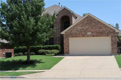 Tarrant County Single Family Home For Sale: 12416 Leaflet Drive