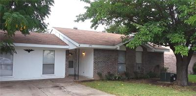 Grand Prairie Single Family Home For Sale: 1202 Birchbrook Street