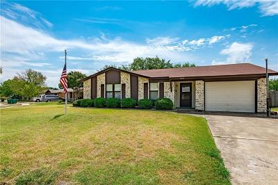 Lewisville Single Family Home For Sale: 1602 Palisades Drive