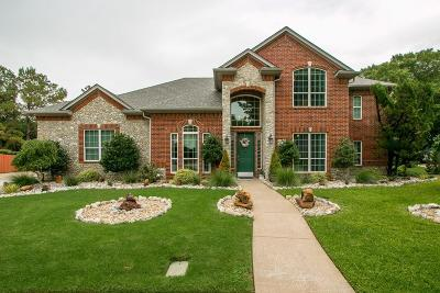 Grapevine Single Family Home For Sale: 2915 Lakeside Circle