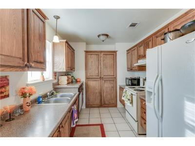 Lewisville Residential Lease For Lease: 441 N Cowan Avenue #6
