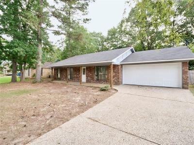Whitehouse Single Family Home For Sale: 901 Corey