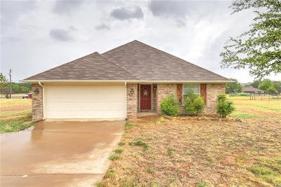 Granbury Single Family Home For Sale: 4103 Seminole Trail