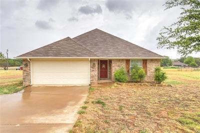 Granbury Single Family Home For Sale: 4103 Seminole Trail