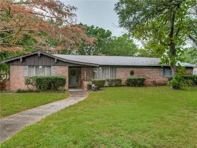 Hurst Single Family Home For Sale: 1509 Cimarron Trail