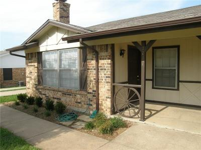 North Richland Hills Residential Lease For Lease: 7017 Crosstimbers Lane