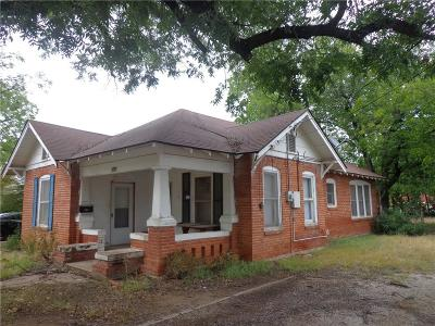Brown County Single Family Home For Sale: 1316 Durham Avenue