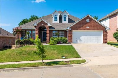 Fort Worth TX Single Family Home For Sale: $249,995