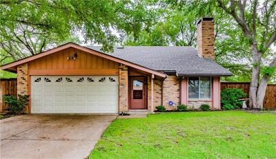 Bedford Single Family Home For Sale: 3237 Scenic Hills Drive