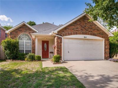Grand Prairie Single Family Home For Sale: 214 Devonshire Drive