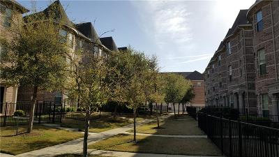 Lewisville Condo For Sale: 2500 Rockbrook Drive #4B-53