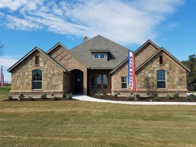 Weatherford Single Family Home Active Contingent: 101 Lazy Creek Crossing