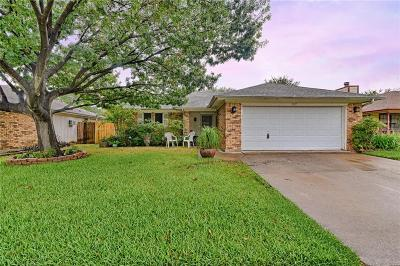Tarrant County Single Family Home For Sale: 6617 Whitley Road