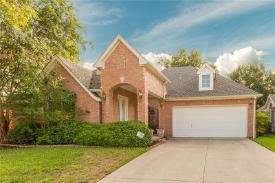 Keller Single Family Home For Sale: 516 Arcadia Drive