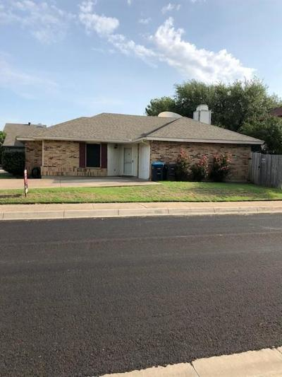 Fort Worth Single Family Home For Sale: 6755 Dandelion Drive