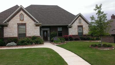 Fort Worth Single Family Home For Sale: 10820 Swift Current Trail