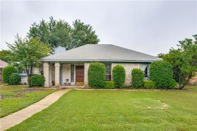 Lewisville Single Family Home Active Option Contract: 1550 Autumn Breeze Lane