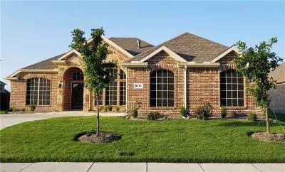 Garland Single Family Home For Sale: 4713 Bungalow Drive