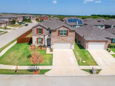 Fort Worth Single Family Home For Sale: 7768 Shorthorn Way