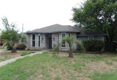 Grand Prairie Single Family Home For Sale: 429 Post Oak Drive