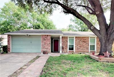 North Richland Hills Single Family Home For Sale: 7427 Sandhurst Lane N