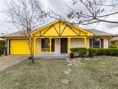 Garland Residential Lease For Lease: 5214 Spring Lake Drive