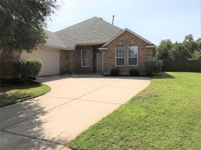 Garland Residential Lease For Lease: 4710 Carlton Court