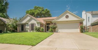 Grapevine Single Family Home For Sale: 4332 Kenwood Drive