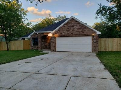 Fort Worth TX Single Family Home For Sale: $198,900