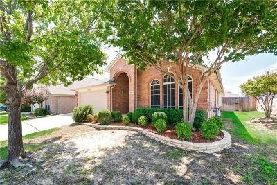 Fort Worth Single Family Home For Sale: 8869 Sunset Trace Drive