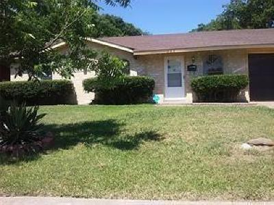 Garland Single Family Home For Sale: 325 Independence Drive
